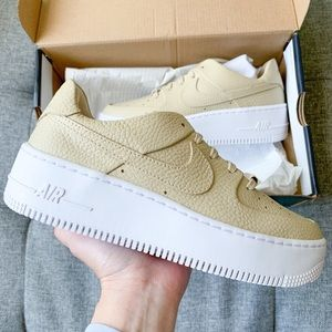 Nike Air Force 1 sage low leather white nude shoes